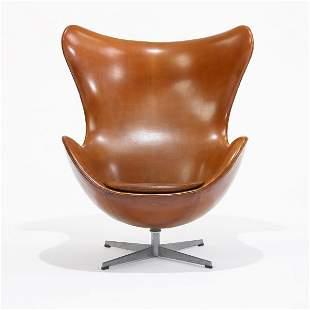 541: Arne Jacobsen Egg chair