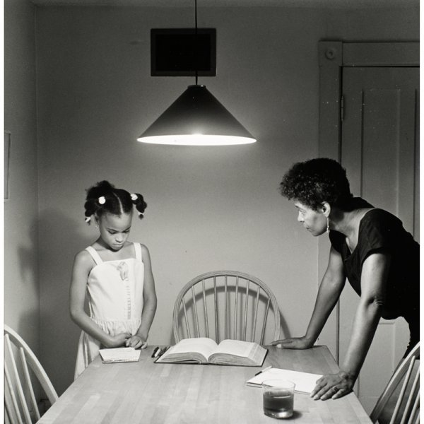 823: Carrie Mae Weems untitled