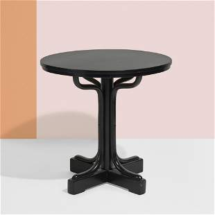 Viennese, Dining table