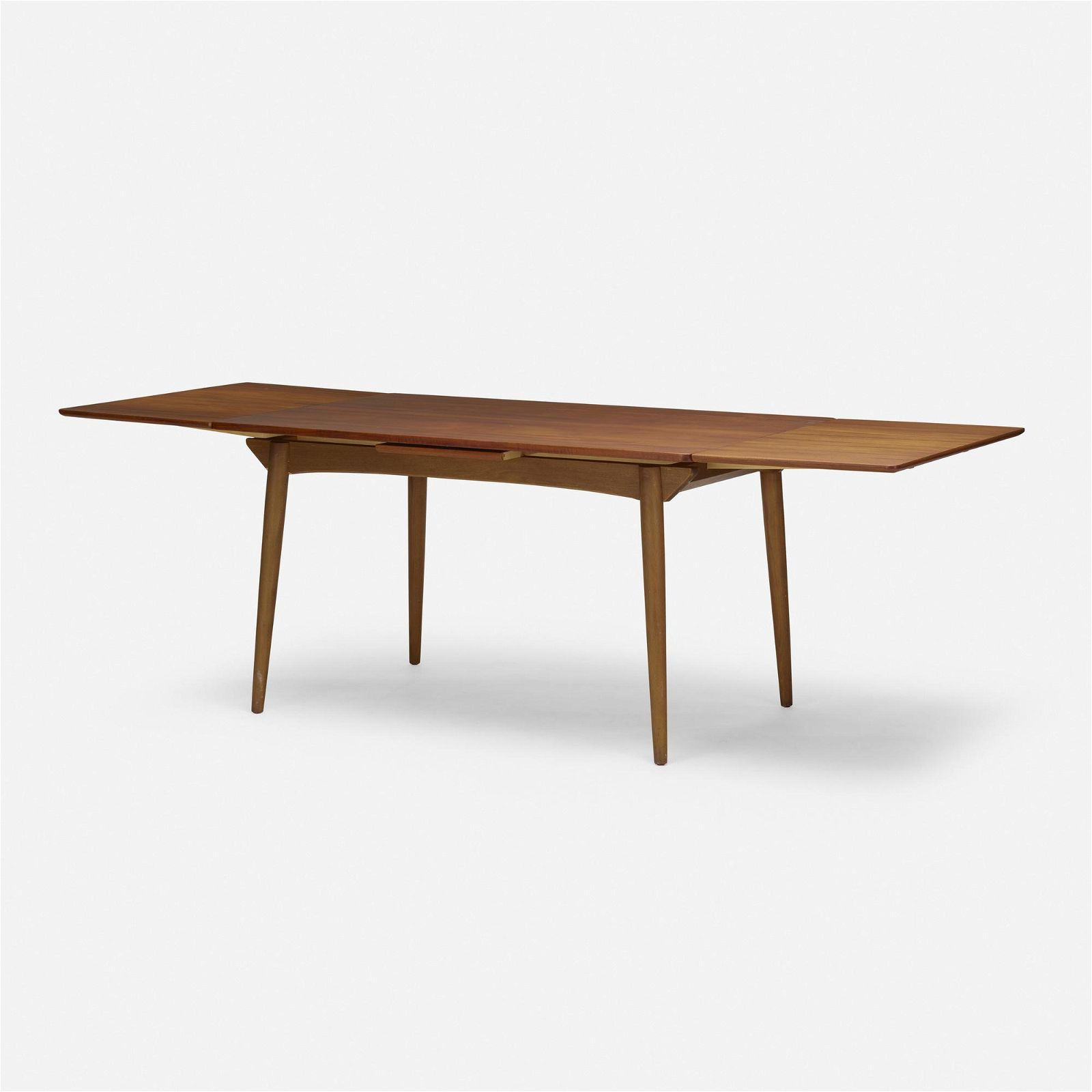 Singer & Sons, Dining table