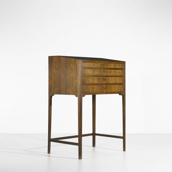 103: Frits Henningsen writing desk