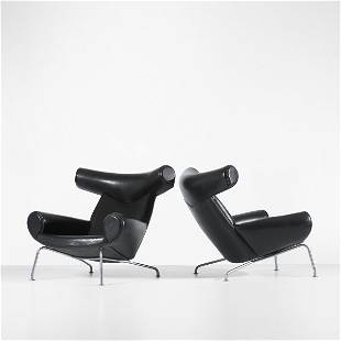170: Hans Wegner Ox lounge chairs, pair