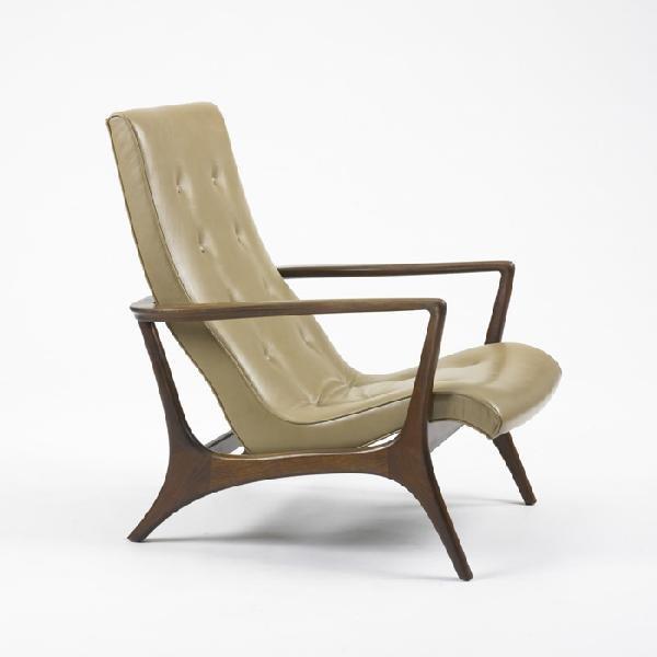 110: American lounge chair