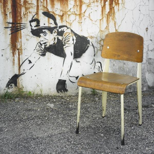 101: Jean  Prouvé Standard chair, no.305