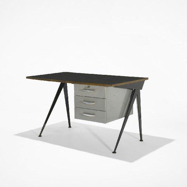 107: Jean  Prouvé Compass desk
