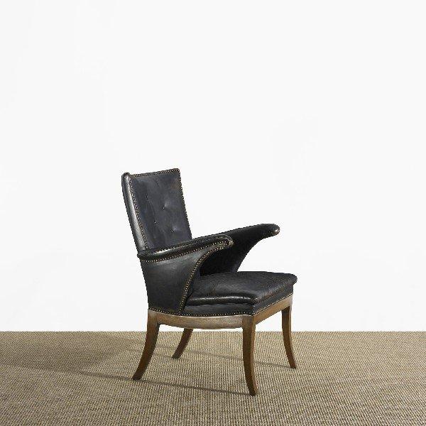 104: Frits Henningsen armchair