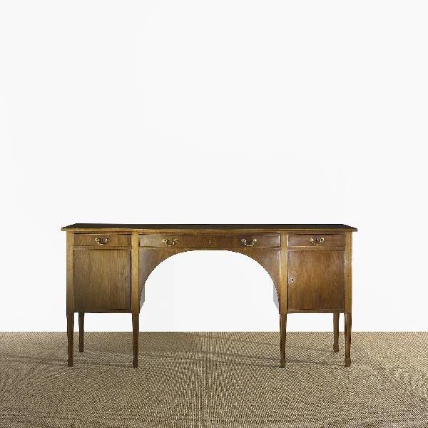 110: Frits Henningsen desk