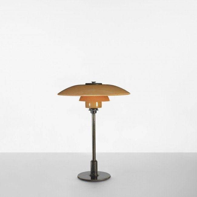 104: Poul Henningsen PH 3 1/2/2 table lamp