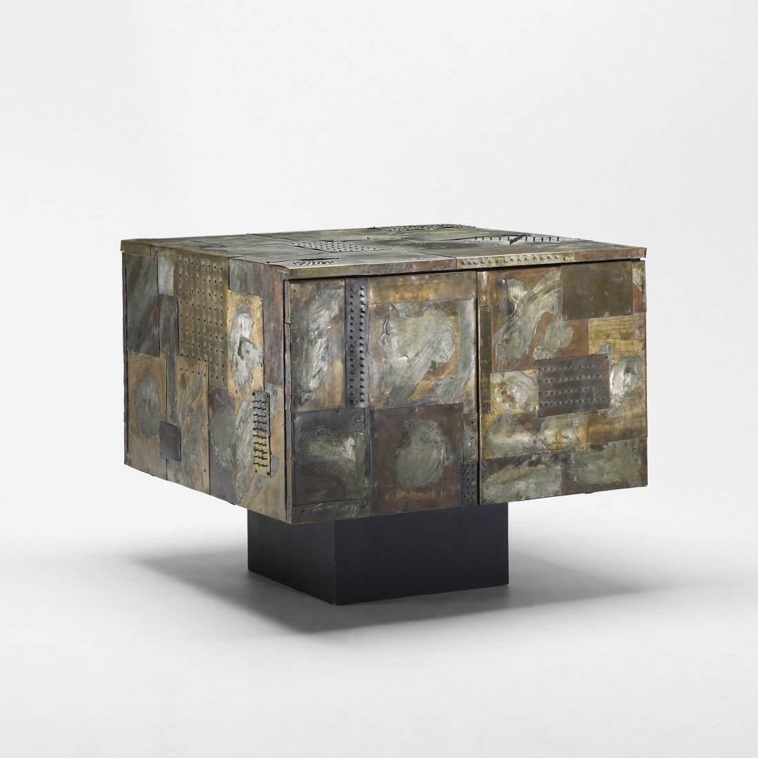 101: Paul Evans cabinet, model PE 32