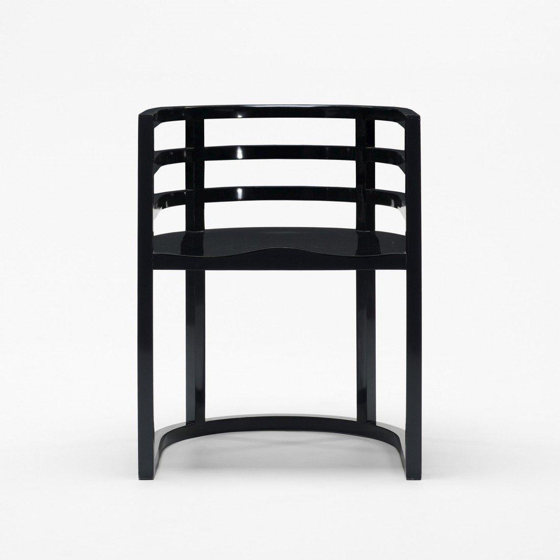 168: Richard Meier armchair, model 810A