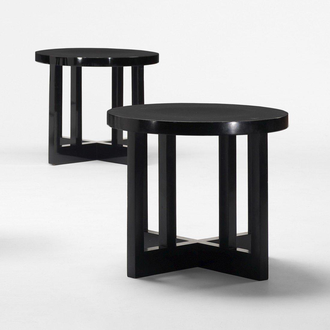170: Richard Meier Low stools model 820Y, pair