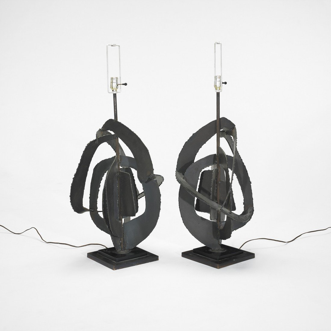 134: Harry Balmer table lamps, pair