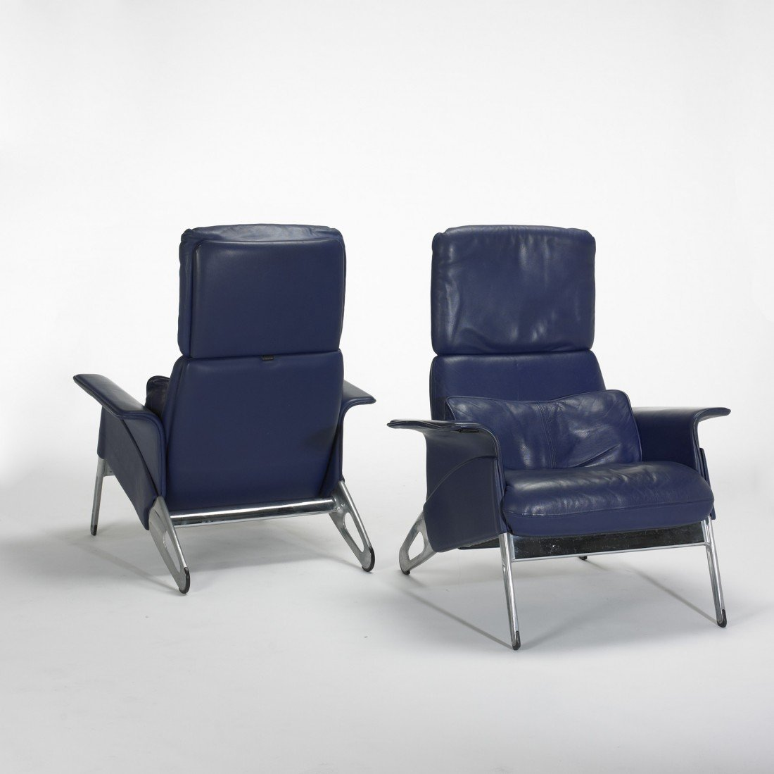 272: Geoff Hollington Hollington armchairs, pair