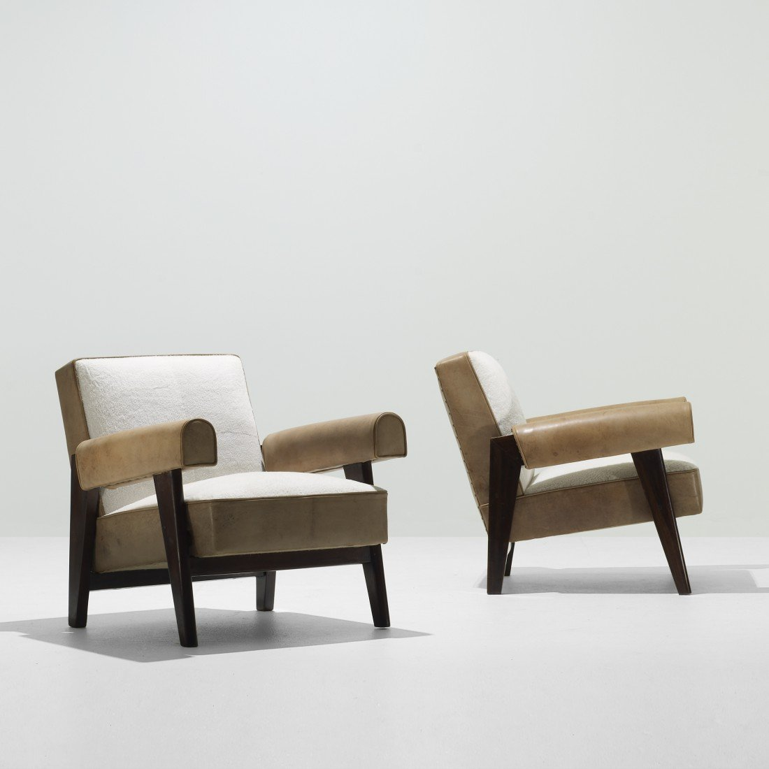 116: Le Corbusier and Jeanneret lounge chairs