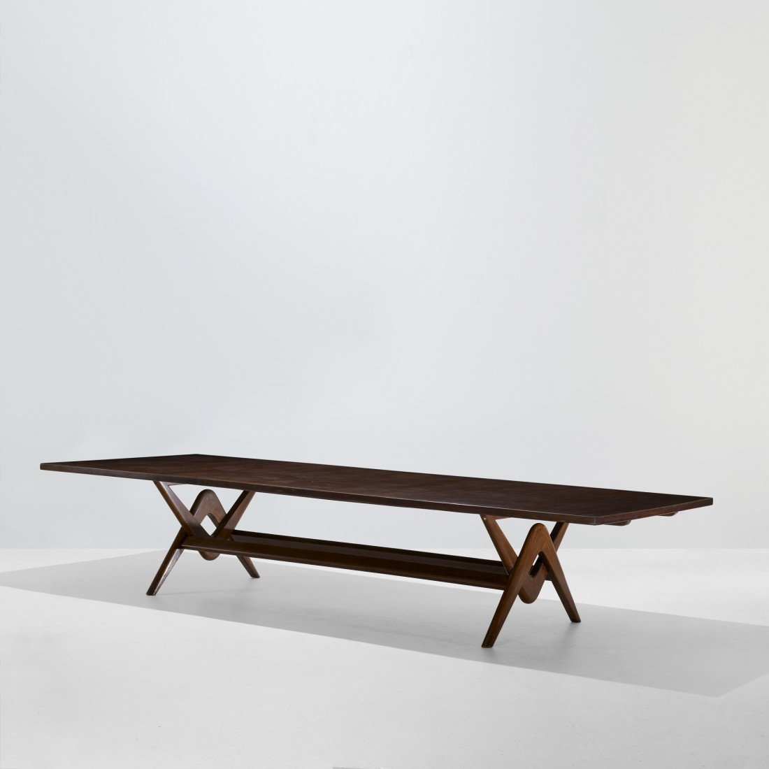 122: Le Corbusier and Jeanneret conference table