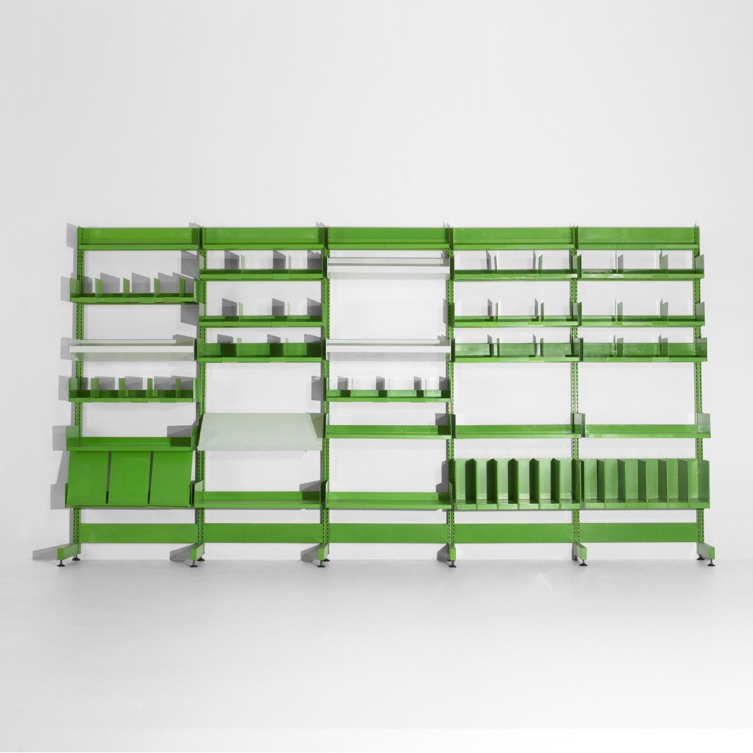 131: Richard Rogers and Renzo Piano shelving system