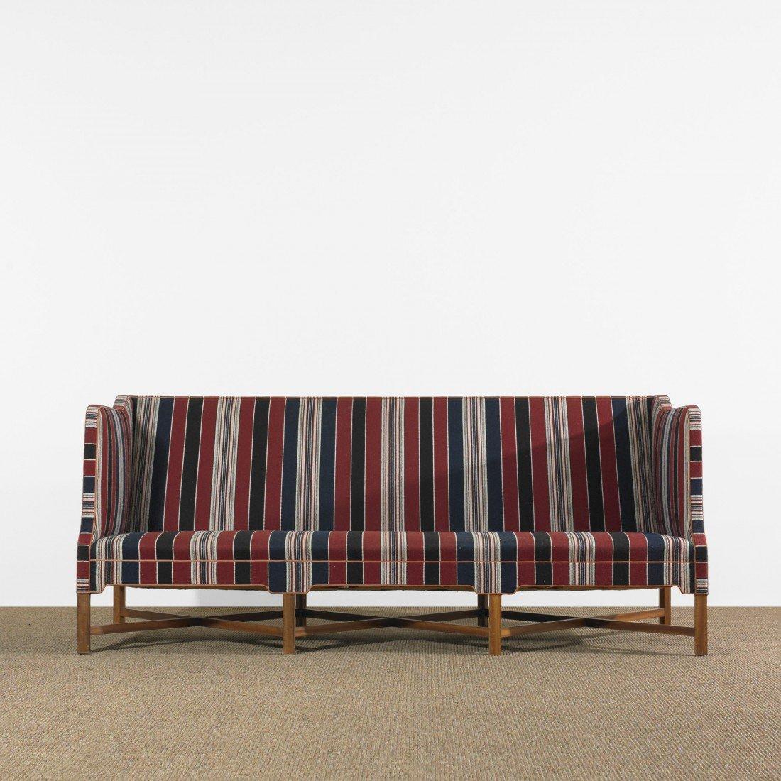 100: Kaare Klint sofa
