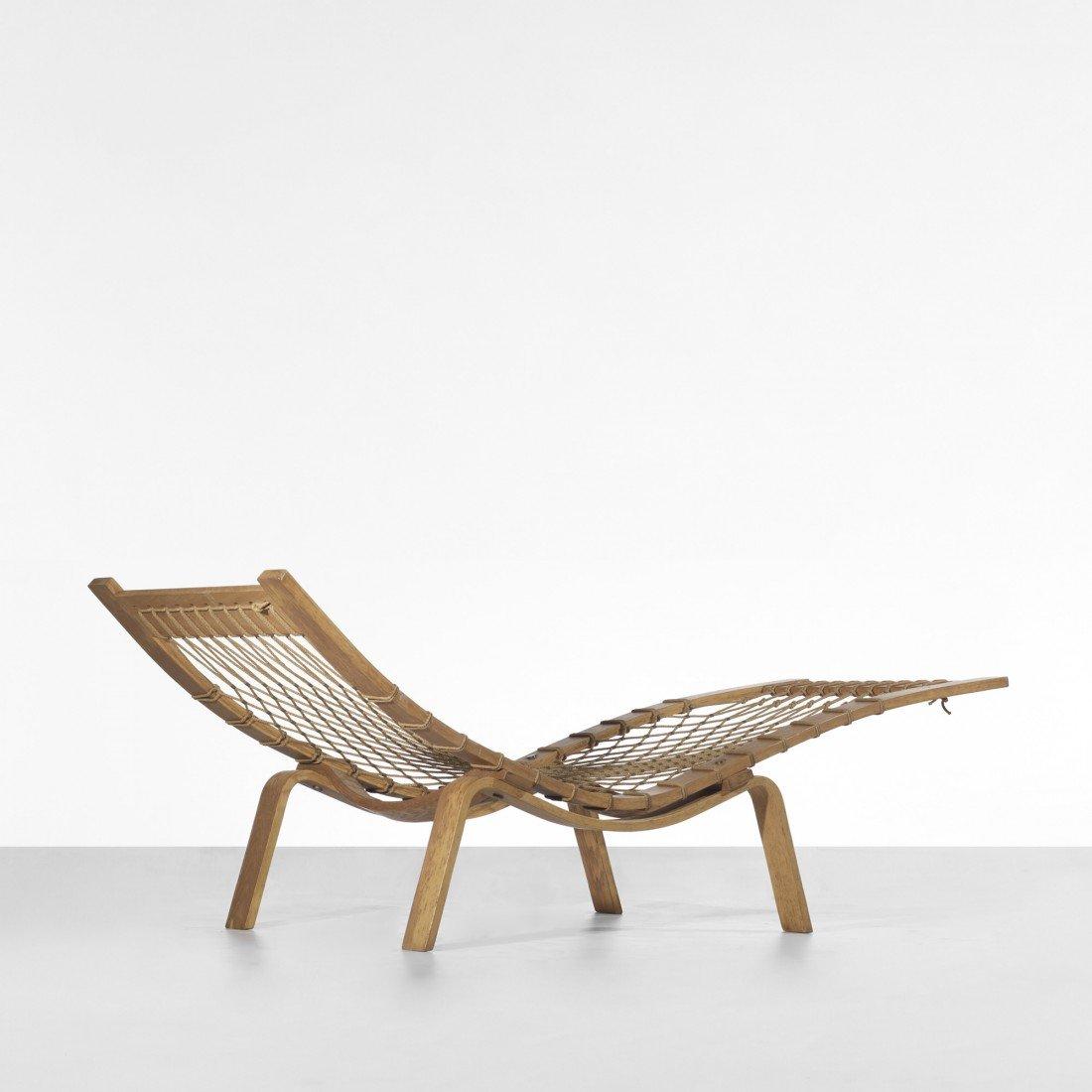 110: Hans Wegner Hammock chaise lounge
