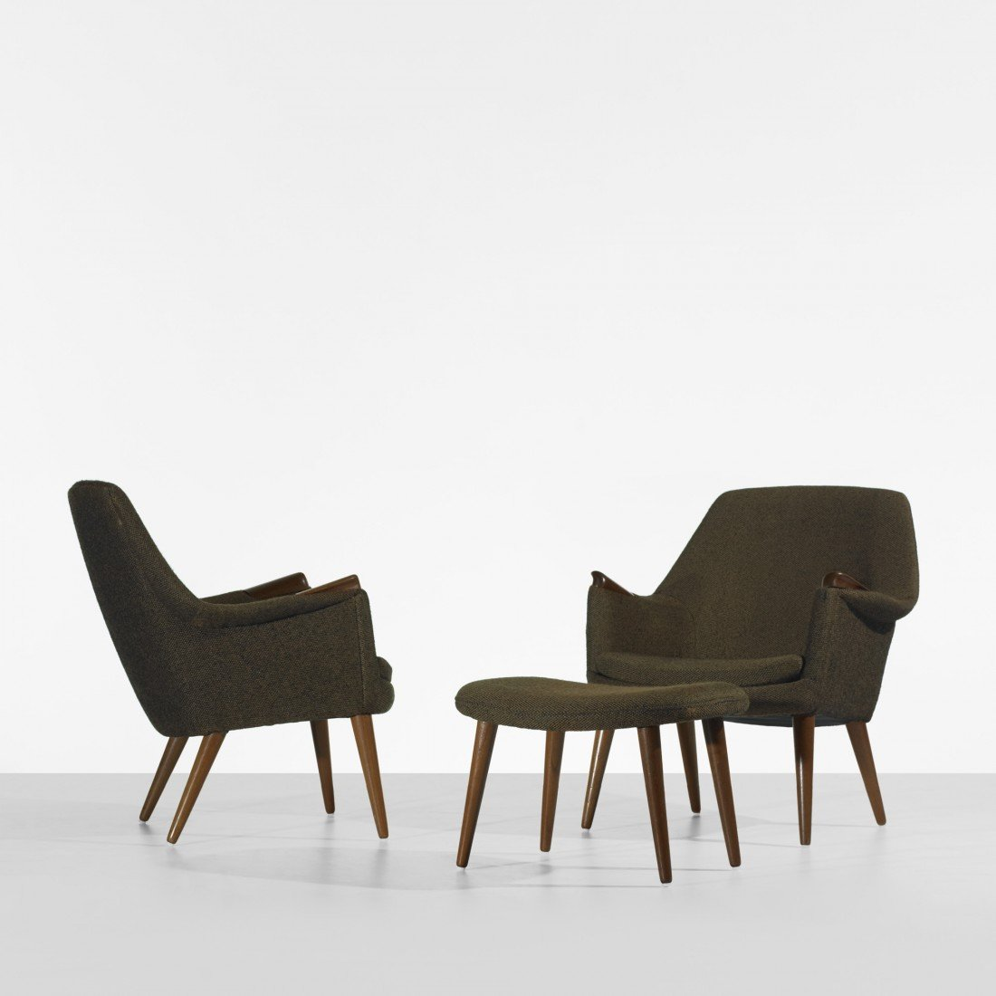 114: In the manner of Hans Wegner chairs with ottoman