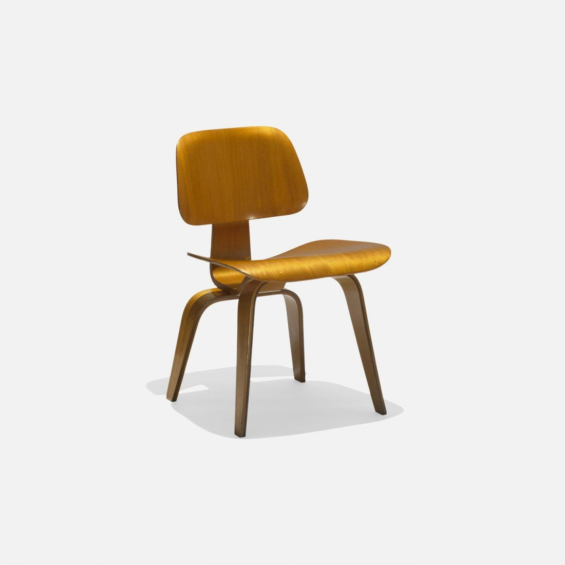 109: Charles and Ray Eames DCW