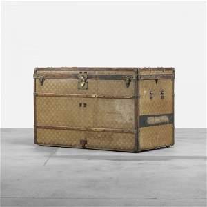 291: Louis Vuitton trunk