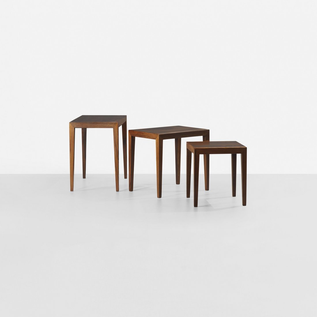 139: Ole Wanscher nesting tables, set of three