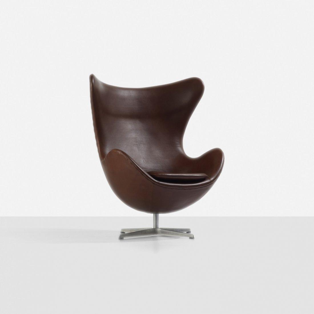 193: Arne Jacobsen Egg chair