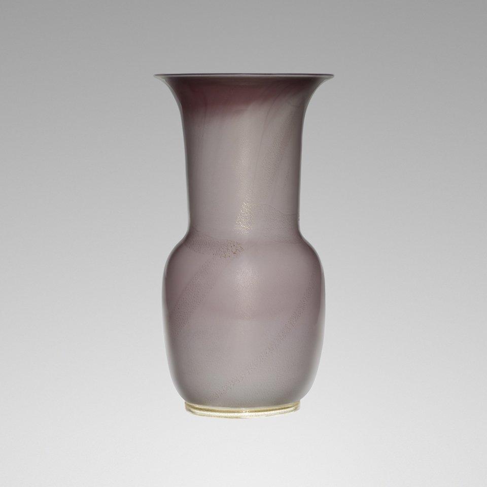 117: Tomaso Buzzi vase, model 3314