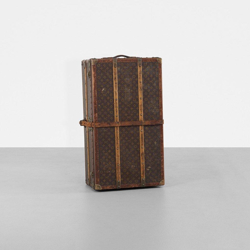 145: Louis Vuitton train case - 2