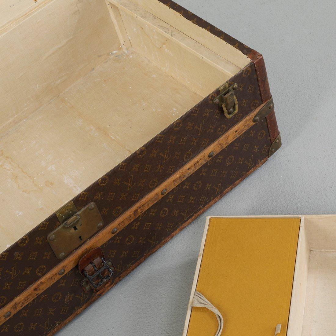 145: Louis Vuitton train case - 3