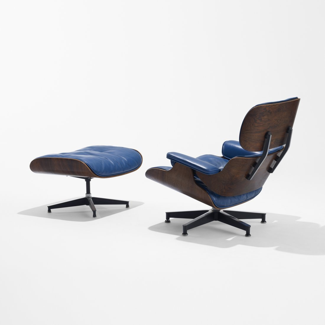 122: Eames special 670 lounge chair and 671 ottomon