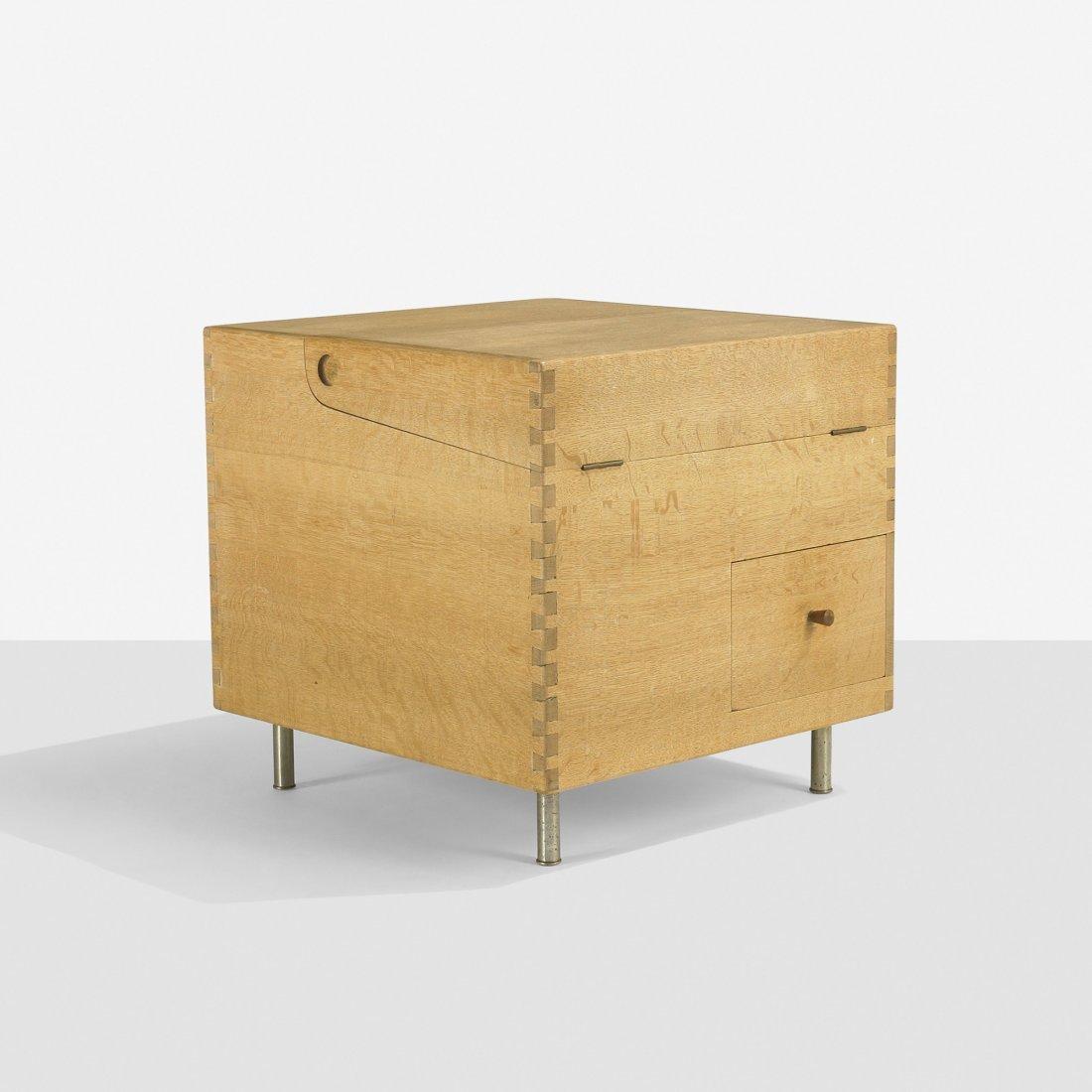 109: Hans Wegner Cube bar