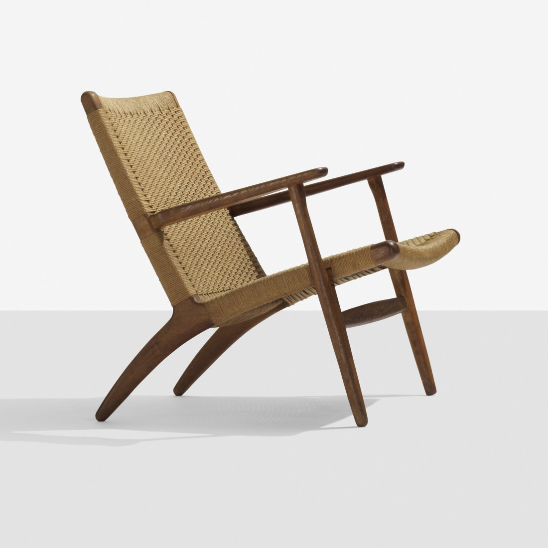 112: Hans Wegner lounge chair
