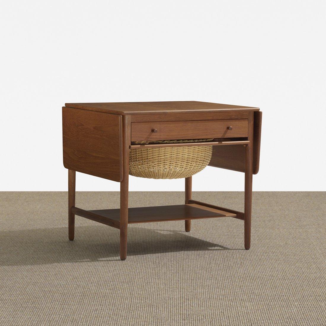 120: Hans Wegner sewing table, model AT 33