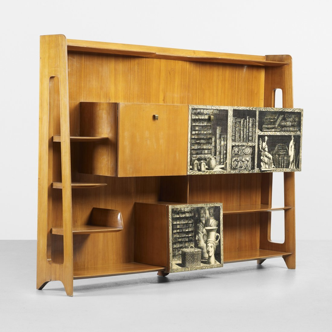 114: Gio Ponti and Piero Fornasetti Important bookcase