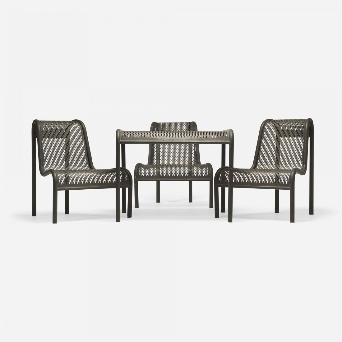 American outdoor dining set