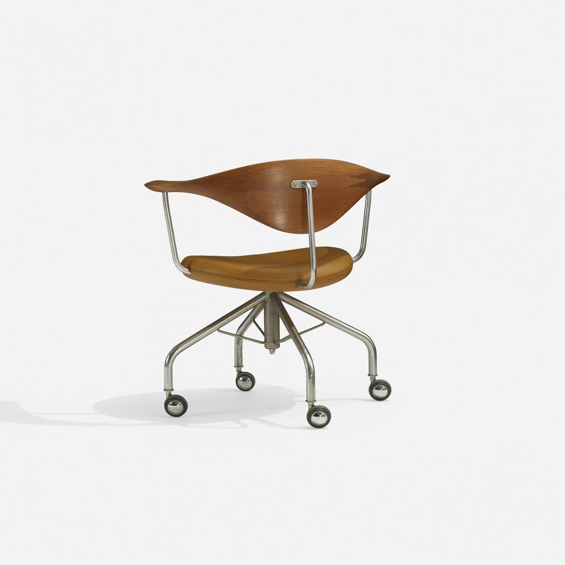 Hans Wegner Swivel chair - 2