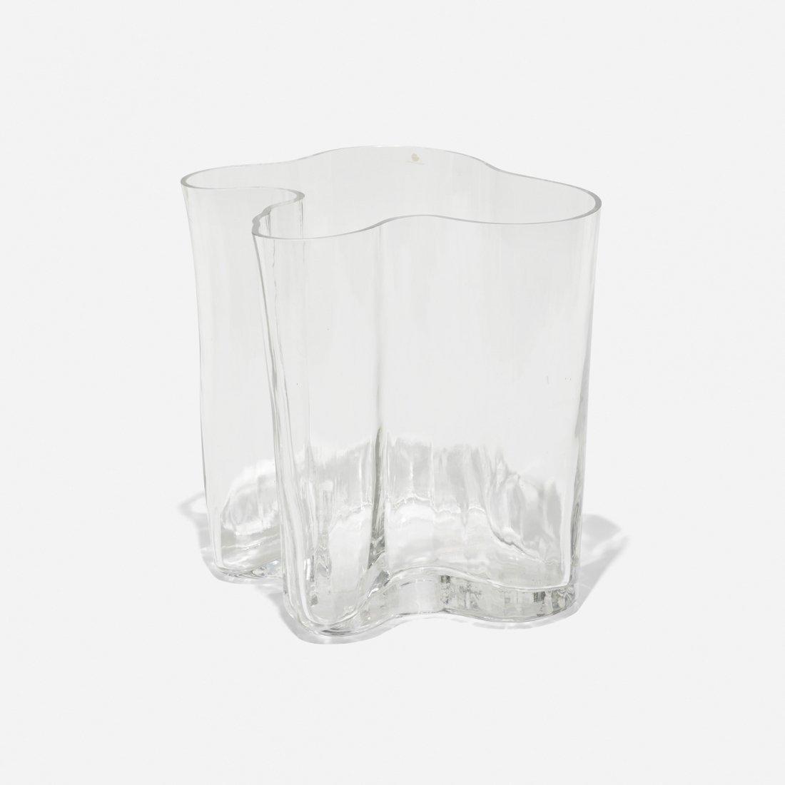 Alvar Aalto Savoy vase