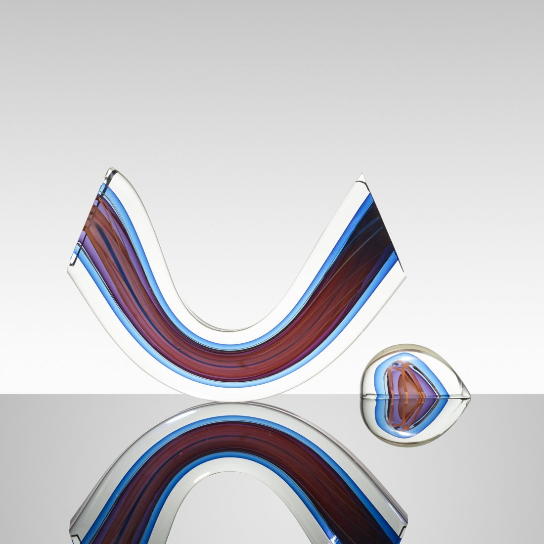 Harvey K. Littleton, Blue/Magenta Mobile Arc