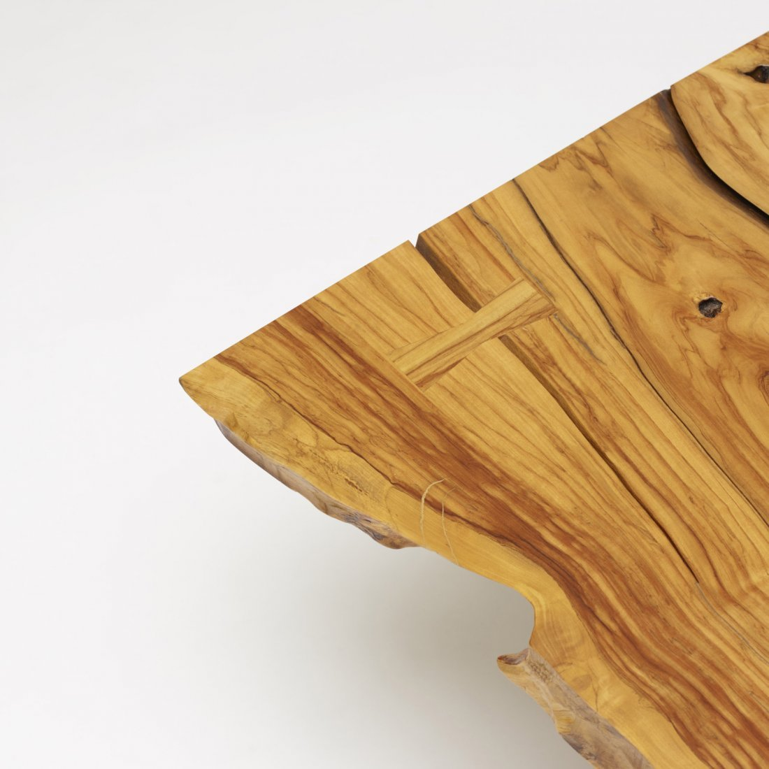 Mira Nakashima, Minguren I coffee table - 3