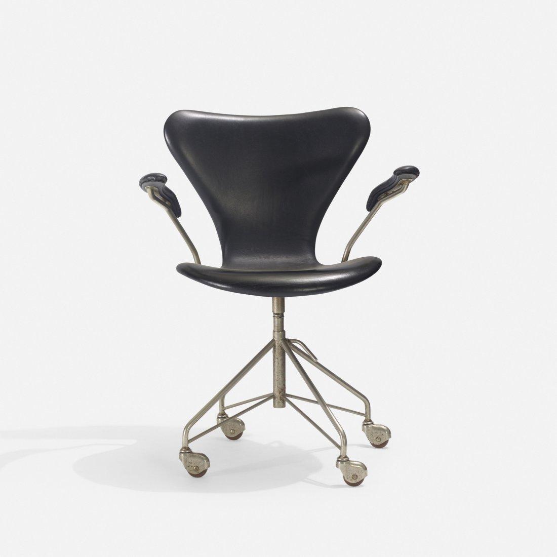 Arne Jacobsen, Sevener desk chair, model 3117
