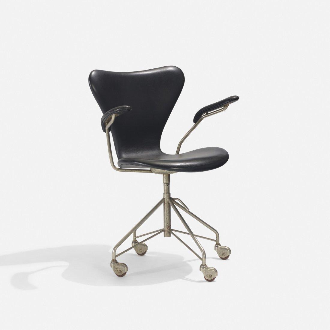 Arne Jacobsen, Sevener desk chair, model 3117 - 2