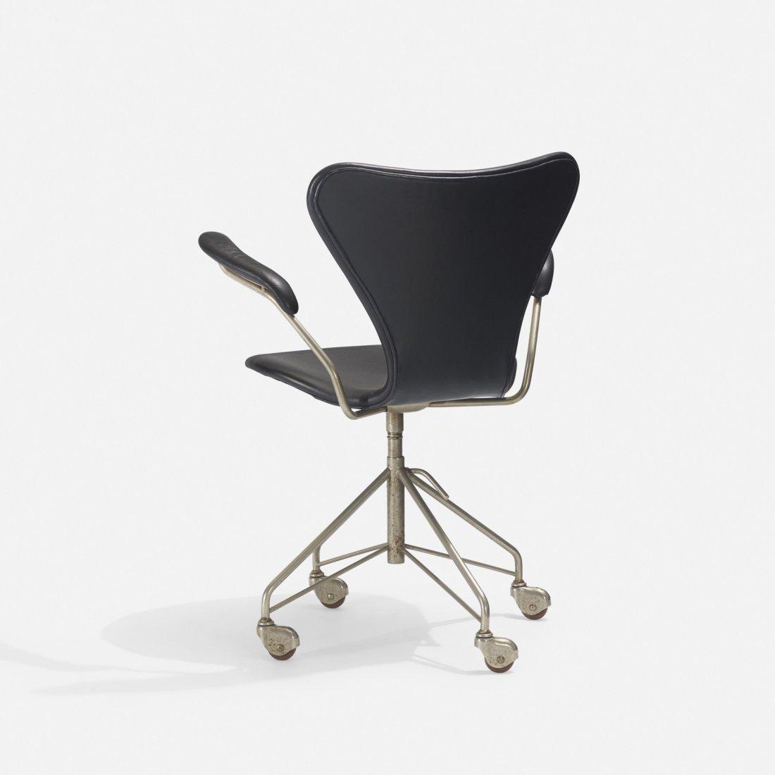 Arne Jacobsen, Sevener desk chair, model 3117 - 3