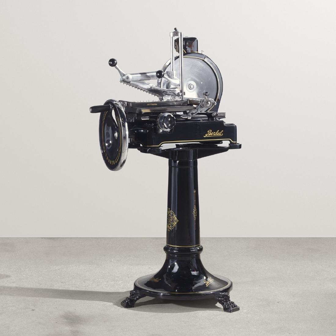 Berkel, Flywheel slicer, model 9