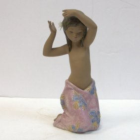 Lladro Porcelain Figure Tropical Flower No 2385