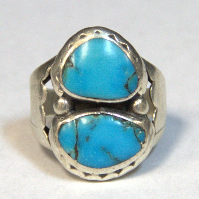 SW Indian Silver & Turquoisse Ring