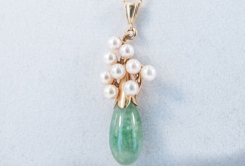 Fine 1970's Cultured Pearl Nephrite Jade Necklace