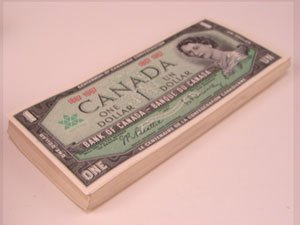 212: Pack of 100 1967 Canadian $1 notes. CU