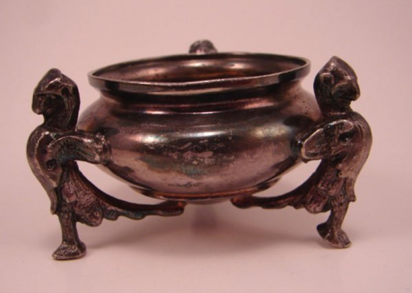 1009: Victorian Silver Plate Figural Master Salt with w