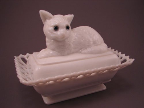 7: Westmoreland Signed Cat on Basket with glass eyes, r